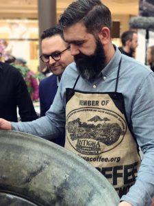 Latte Art Rekord Erik mit Wanne